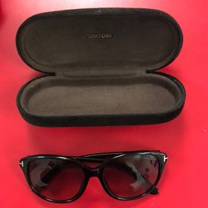 7f0be0c2b4b Tom Ford Accessories - Tom Ford Karmen authentic comes with case